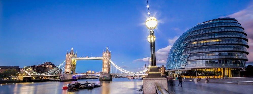 заказа такси в Лондоне круглосуточно